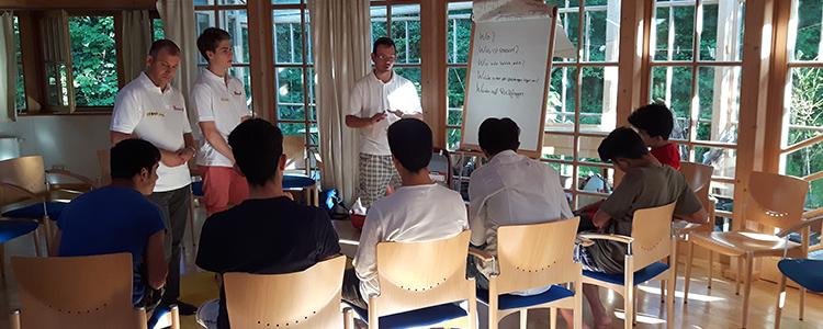 Erste Hilfe Kurs für unbegleitete minderjährige Flüchtlinge