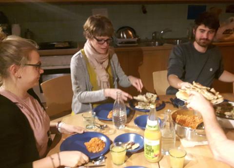 Bei einem gemeinsamen Abendessen und interessanten Gesprächen ließen wir das jährliche Treffen dann gemütlich ausklingen